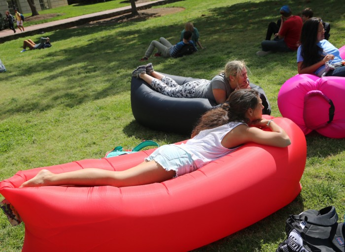Fast Inflatable Air Couch - Bargainer.co.nz